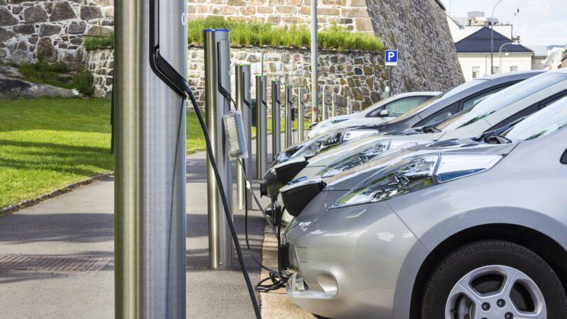 Elétricos serão 30% da frota mundial de veículos em 2050
