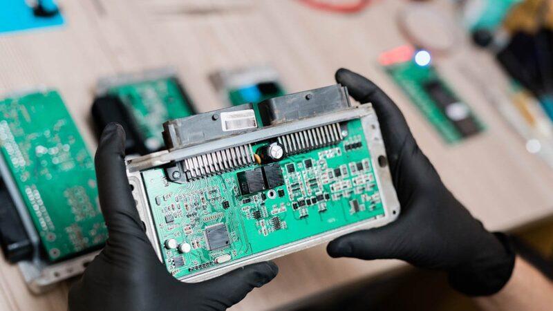 Por que faltam semicondutores e perspectiva de resolução do problema